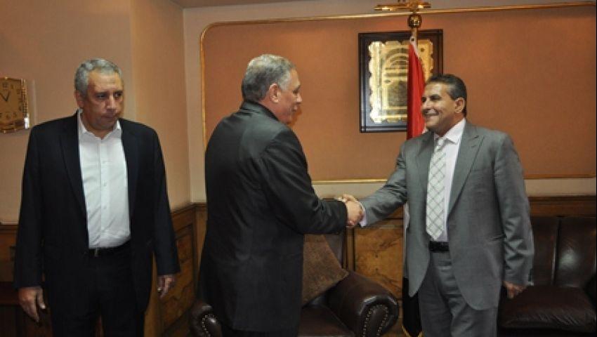 أبوزيد يتسلم مهام وزارة الرياضة رسمياً