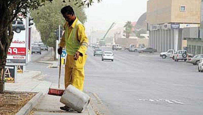 عمال النظافة بالأقصر ينهون إضرابهم بعد بدئه بساعات