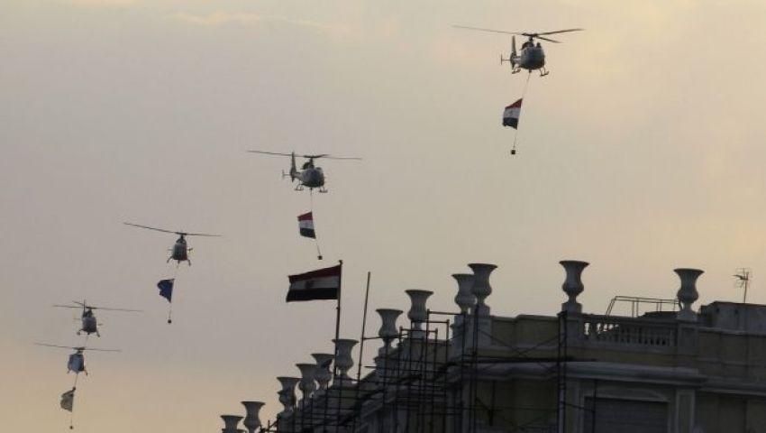 الجيش يهدي متظاهري التحرير أجهزة كهربائية