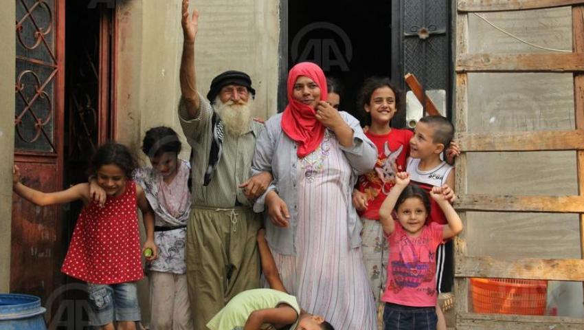 بعد 100 عام.. معمر لبنانى ينجب طفلاً
