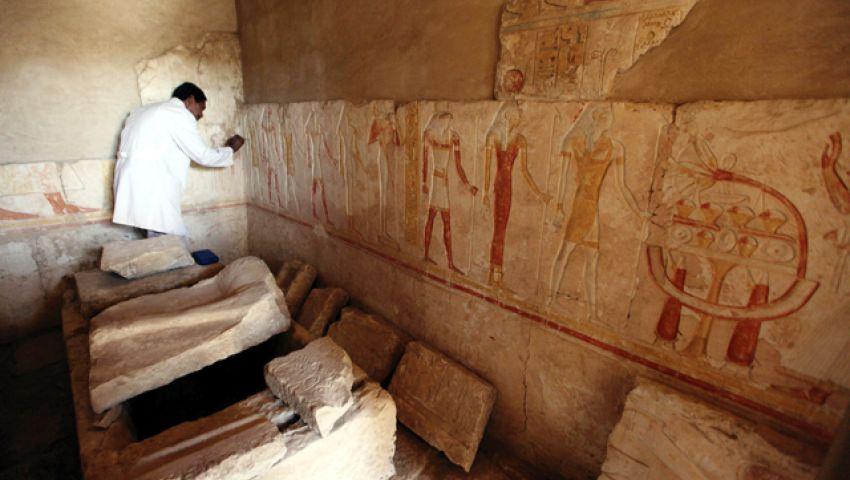الآثار تعلن اكتشاف 4 مقابر أثرية جديدة
