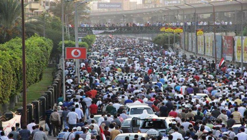 توافد أنصار مرسي على ميدان رمسيس لبدء التظاهر
