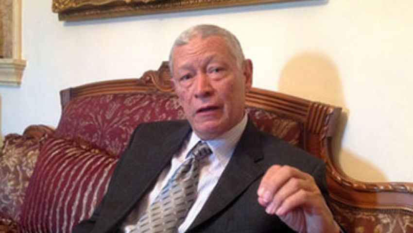 لجنة تعديل الدستور تواصل اجتماعاتها المغلقة بمقر الشوري
