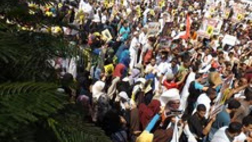 فيديو.. الآلاف يتظاهرون في الفيوم للتنديد بمجازر الجيش والشرطة