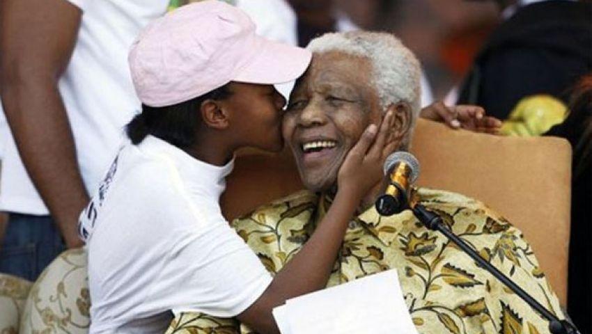 جنوب إفريقيا تحتفل بميلاد مانديلا الــ 95