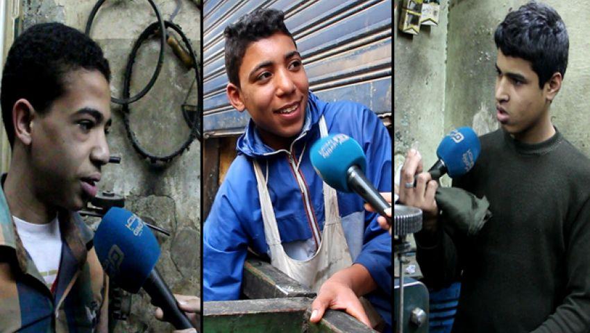 بالفيديو.. صغار يتحدون الموت من أجل لقمة العيش