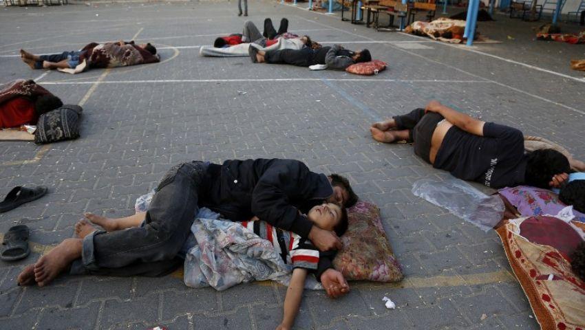 المدارس تأوي المشردين.. العدوان يؤجل العام الدراسي في غزة