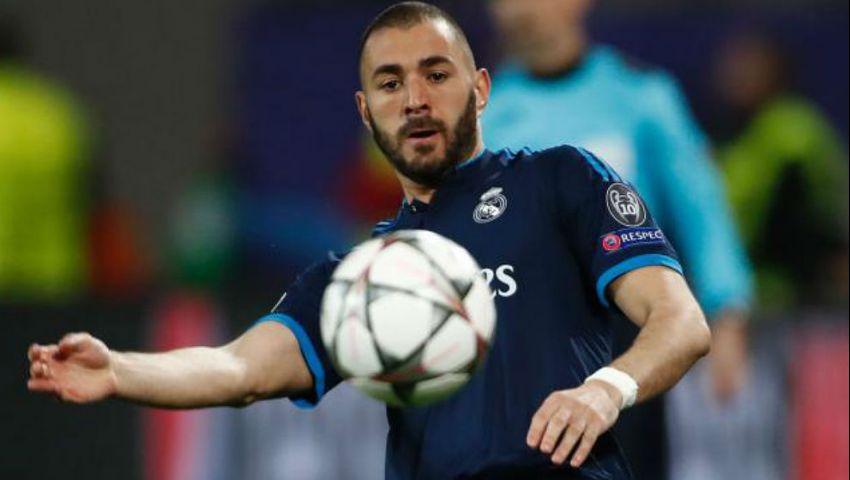 بنزيما يغيب عن ريال مدريد أمام إيبار للإصابة