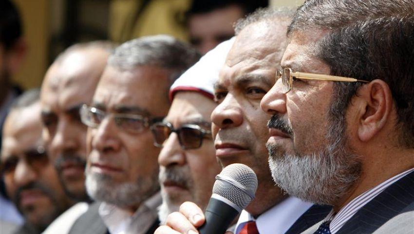 خبير أمريكي: مؤسسات مصر غير قادرة على التعامل مع الإخوان