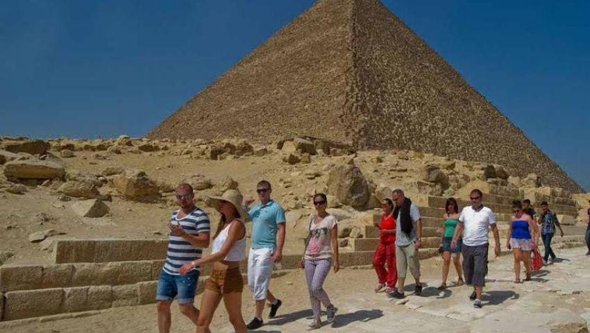 نيويورك تايمز: التفجيرات بمصر تزيد الطين بلة في قطاع السياحة
