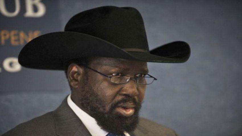 رئيس جنوب السودان يصدر مرسوماً بحل حكومة البلاد وإقالة نائبه