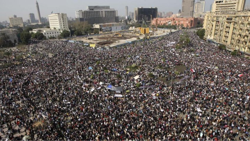 متظاهرو التحرير: اليوم نطلب دعم الجيش وغدا قد نثور عليه