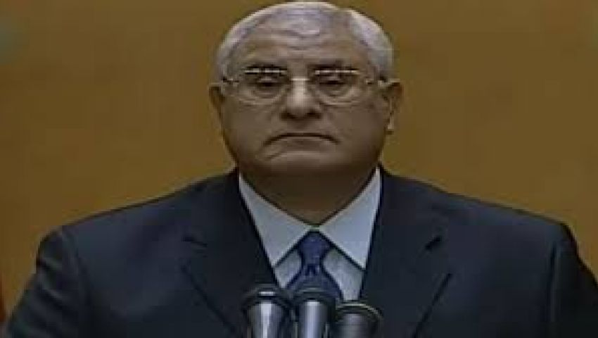 منصور يكلف المسلماني بإجراء مشاورات مع شخصيات سياسية