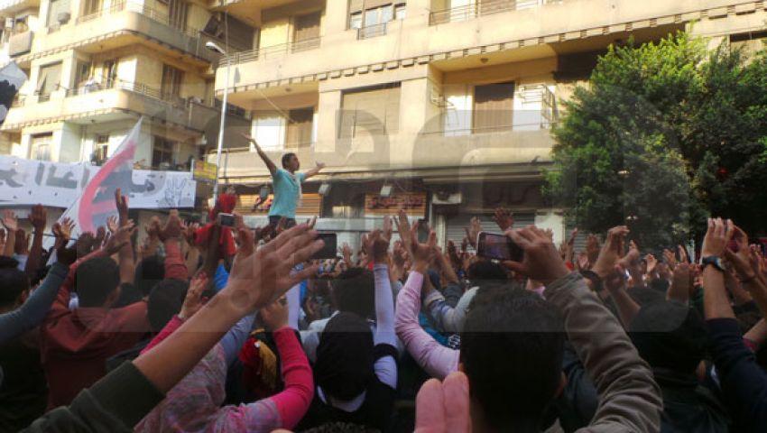 الداخلية تطلق الغاز على متظاهري التحرير