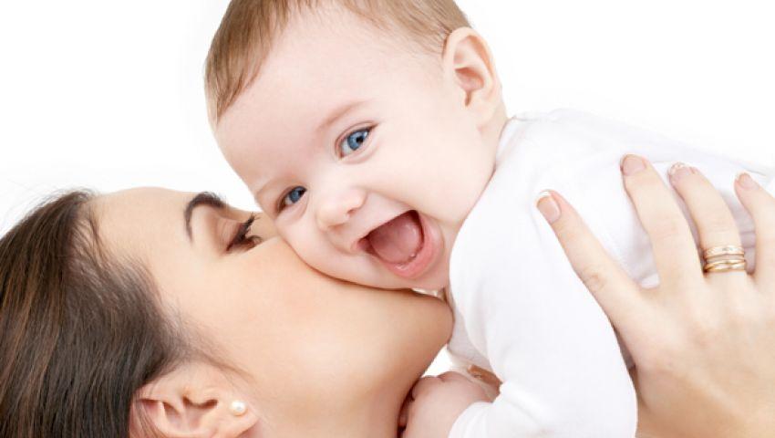 انغلاق الأم ينعكس على إرضاع الأطفال