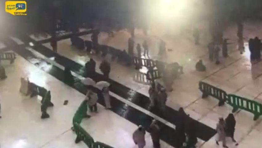 فيديو.. كاميرات مراقبة الحرم تصور لحظة الكارثة ودهس الحجاج