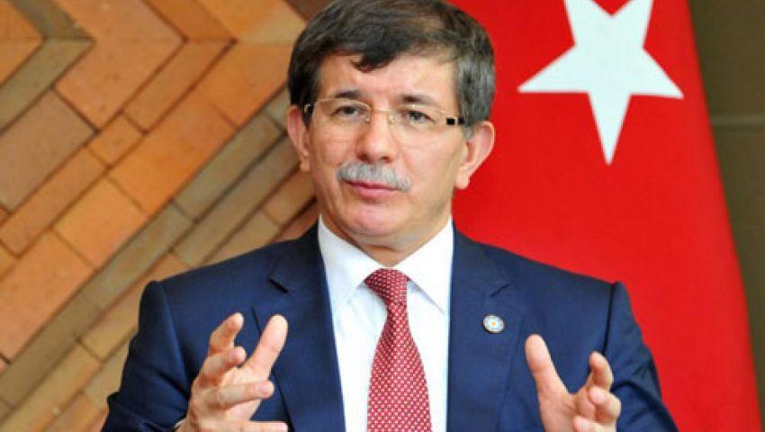 أوغلو: تركيا تتحمل وحدها مسؤولية اللاجئين السوريين