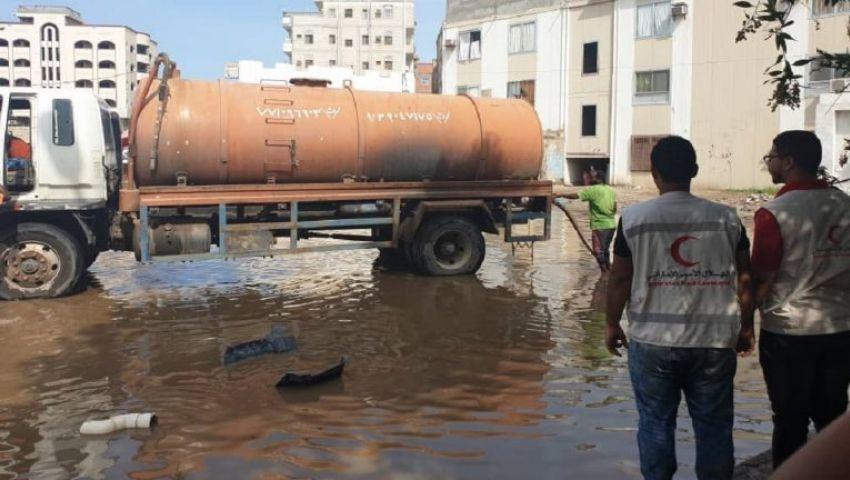 صور وفيديو| بين نيران الحرب والأمطار.. اليمن يغرق في السيول ويستغيث