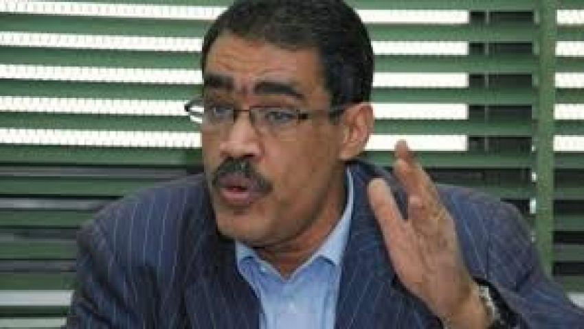 رشوان يستنكر تجاهل مقترحات الصحفيين بشأن الدستور