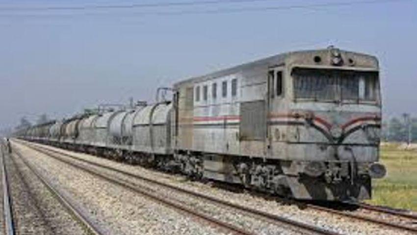 المنيا: انتظام حركة قطارات الصعيد بعد توقفها ببني سويف
