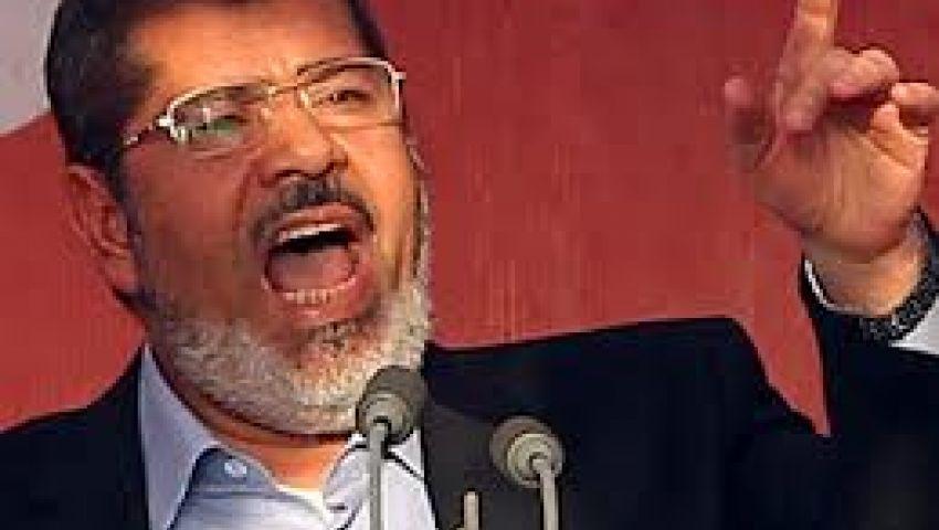 السجون: لم يصدر قرار رسمي بنقل مرسي إلى طرة