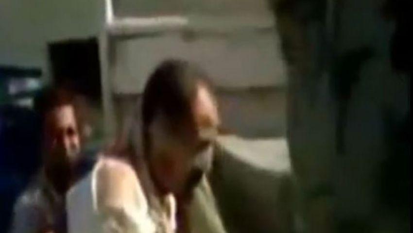 فيديو.. تعذيب قيادي إخواني.. وتهديده بالاغتصاب