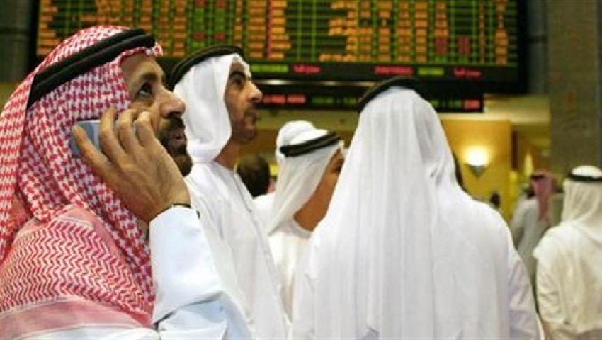 بورصات الخليج تتراجع تحت ضغط طرح عام كبير للأسهم