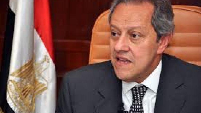 عبد النور : الحكومة تسعى إلى زيادة التجارة مع إفريقيا بالمعابر والطرق