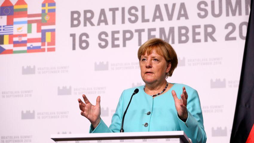 ميركل: زعماء أوروبا اتفقوا على عرض جدول أعمال جديد في مارس