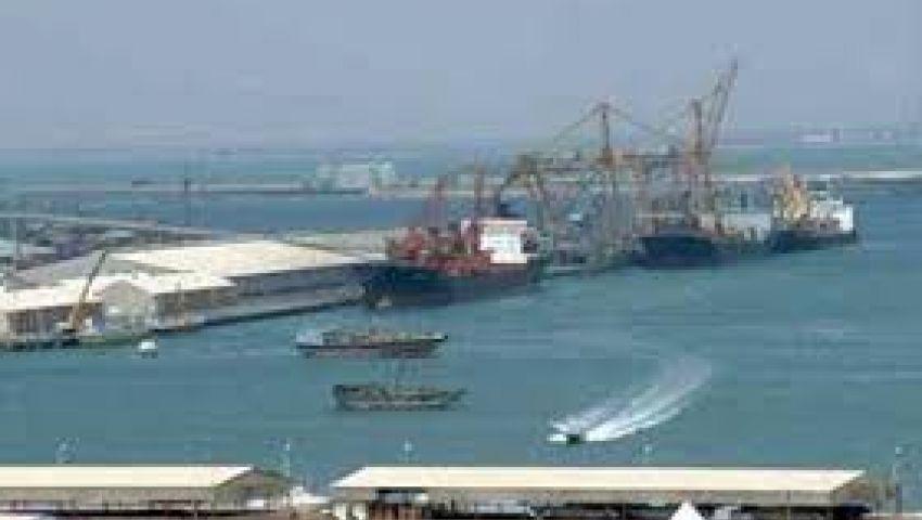 انتظام حركة الوصول والمغادرة بموانئ البحر الأحمر