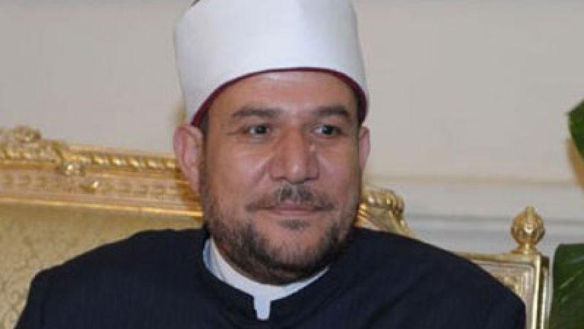 وزير الأوقاف يدرس قانونًا لحظر السياسية على المساجد