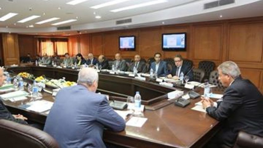4 وزراء يبحثون إنشاء منطقة متكاملة الخدمات بالمرج