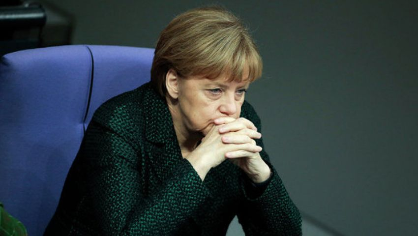 ميركل قلقة من انقسام الاتحاد الأوروبي حول روسيا