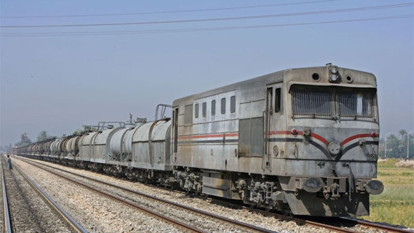 مصرع طالب تحت عجلات قطار بالمنوفية