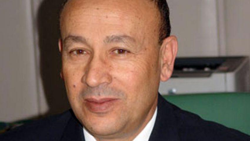 وزير الطيران يجتمع برؤساء الشركات القابضة