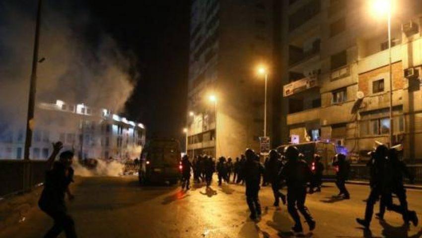 الأمن يطلق الغاز المسيل للدموع لتفريق متظاهري رابعة