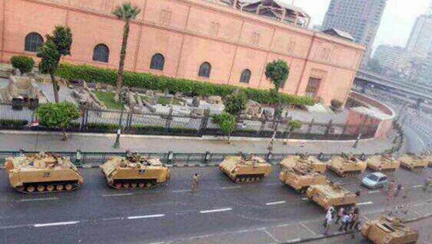 الجيش يمنع تظاهرات الافراج عن مبارك بالتحرير