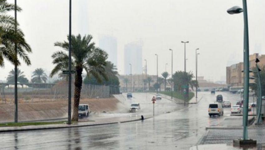 في هذه المناطق.. سحب وأمطار رعدية تضرب السعودية
