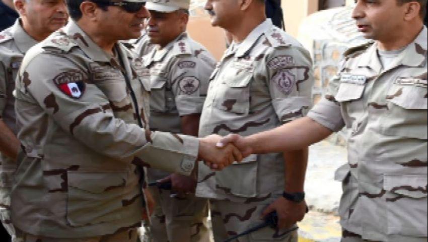 أول صور للسيسي بالزي العسكري في سيناء