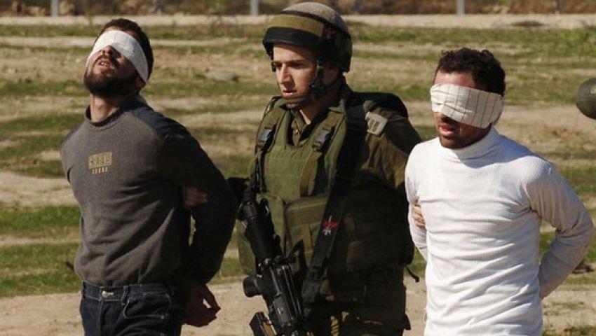 الاحتلال الإسرائيلي يعتقل 10 فلسطينيين في الضفة
