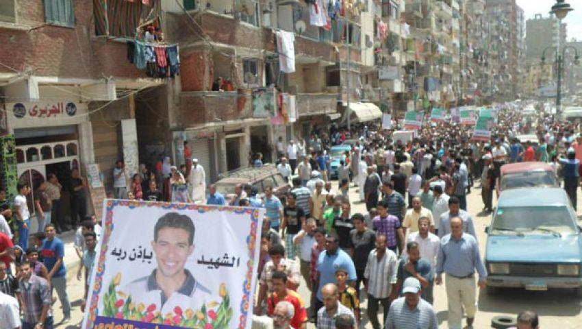 أهالي الإسكندرية يشيعون أحد ضحايا الحرس الجمهوري