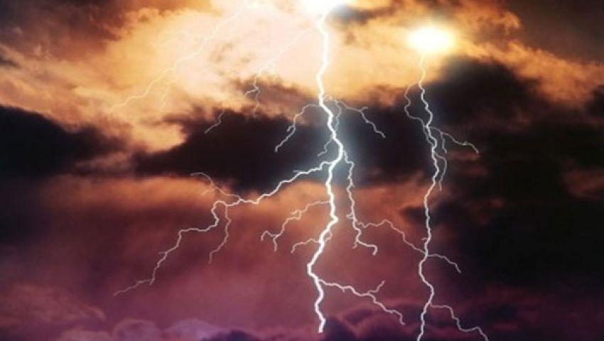 عواصف رعدية عنيفة تضرب فرنسا.. وإعلان حالة التأهب