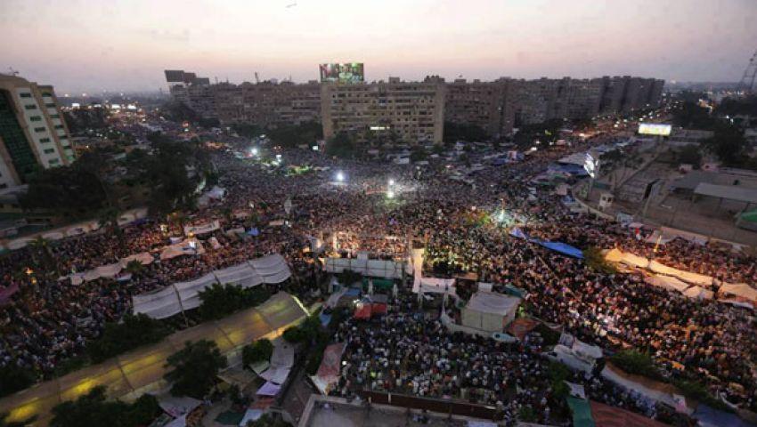 متظاهرو رابعة العدوية يعتقلون ضابطي أمن دولة