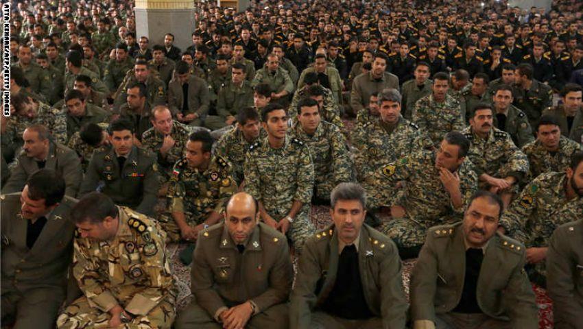 عميل بـ CIA: إيران تورط الشيعة بحرب كبرى