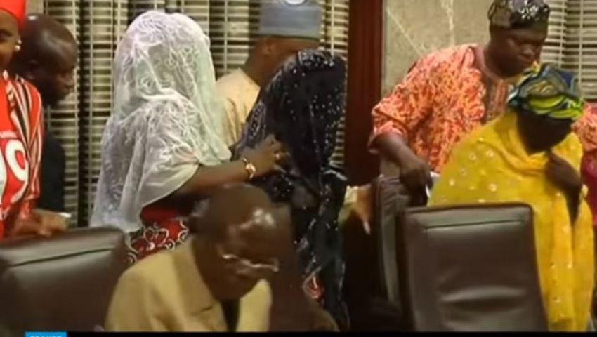 شاهد..الجيش النيجيري يعثر على فتاة خطفتها جماعة بوكو حرام من عامين