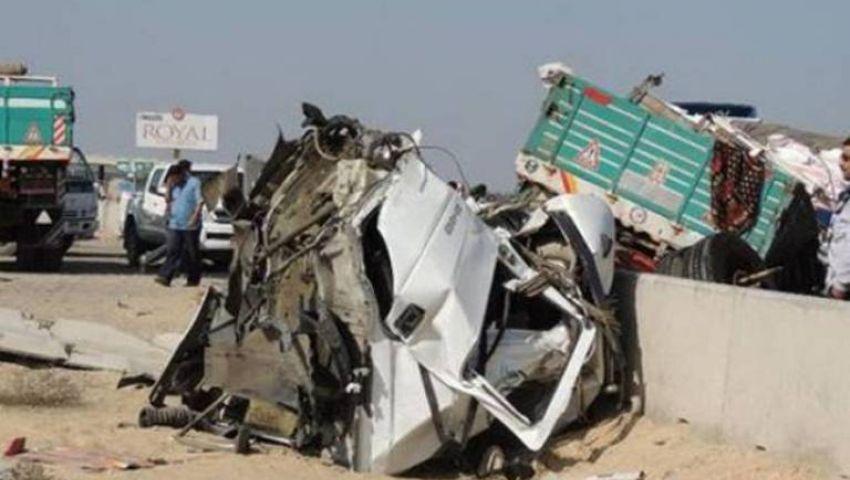مصرع 2 وإصابة 7 في حادث إنقلاب سيارة بالمنيا
