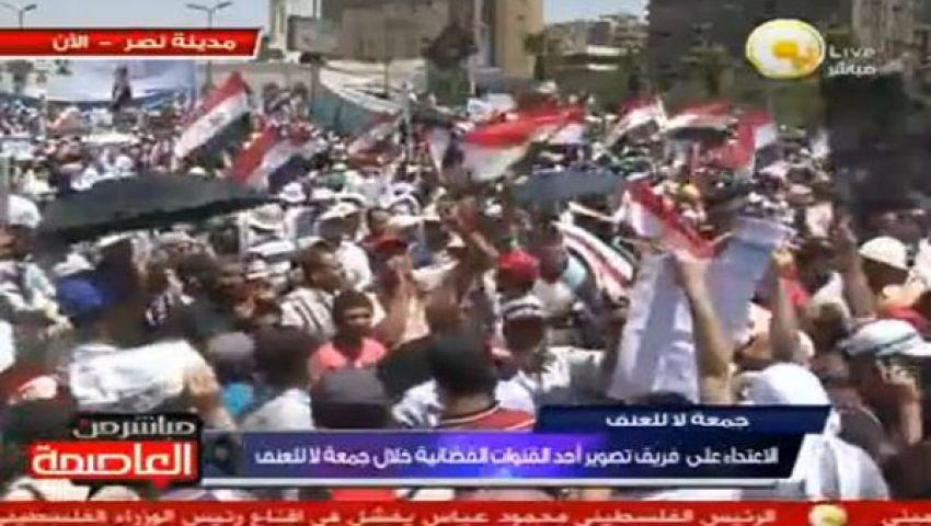 بالفيديو..إسلاميون يهتفون: إخواني أوعلماني إيد واحدة
