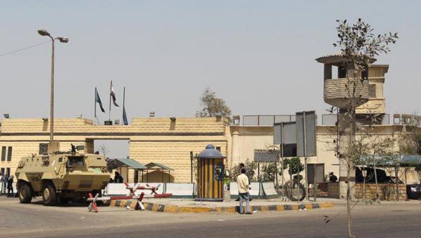 اتجاه لتوزيع قيادات الإخوان المحتجزين على 4 سجون