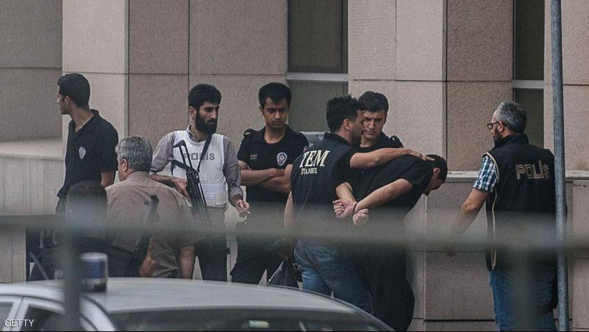 تركيا.. مداهمة مقرات شركات بإسطنبول على صلة بـغولن