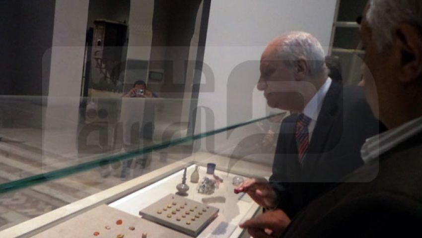 وزير الآثار ينفي تهريب قطع أثرية لقطر